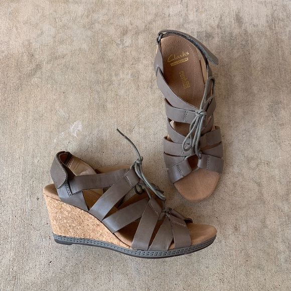 c2e15872eed Clarks Shoes - Clarks soft cushion wedges